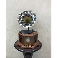 گرامافون رومیزی کلاسیک قهوه ای مدل 1723 |