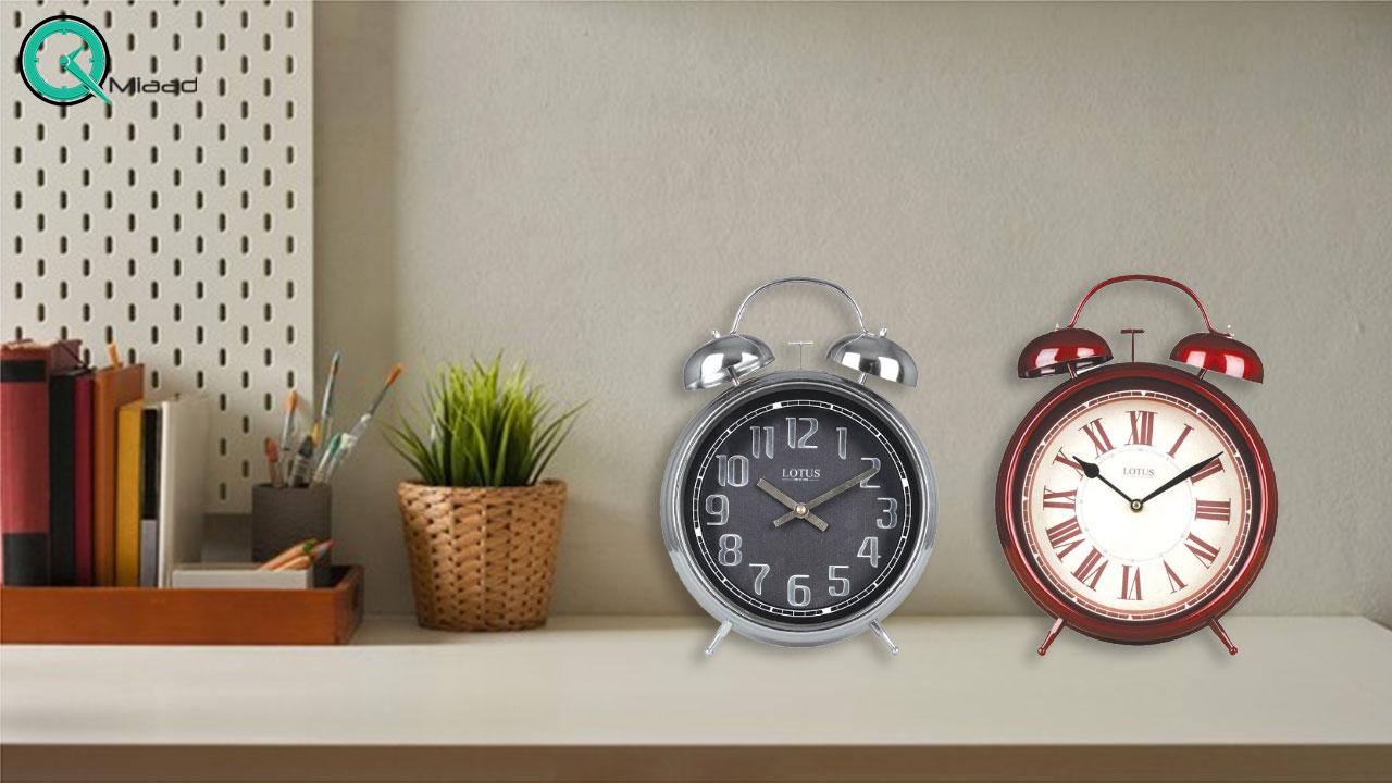 ساعت رومیزی فلزی مدرن